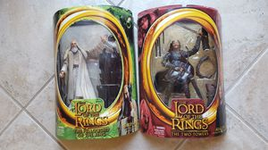 LORD OF THE RINGS ACTION FIGURES (ARAGORN & SARUMAN) for Sale in Escondido, CA