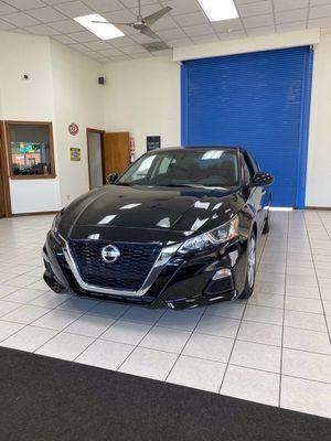 2020 Nissan Altima for Sale in Akron, OH