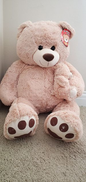 Giant Tedd bear with baby plush stuffed animal for Sale in Orange, CA