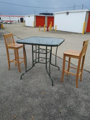28in Tall Chairs with Table for Sale in Columbus, OH