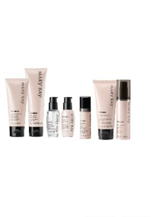 TimeWise Ultimate miracle set/ set milagroso de Mary Kay for Sale in Bristow, VA