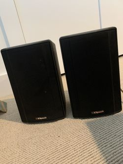 klipsch ksb 1.1 black good condition pair speakers good sound for Sale in Brielle,  NJ