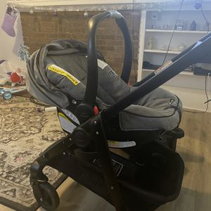 Carseat And Stroller for Sale in Columbus, OH