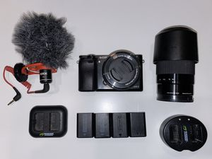Sony a6000 24.3 MP Camera w/ 16-50 and 55-210 lens + Rode VideoMicro for Sale in Irvine, CA