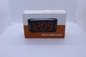 Alarm clock classic for Sale in Los Angeles, CA