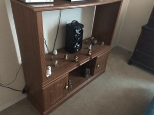 Tv stand 30 for Sale in Avon Park, FL