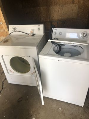 Washer & dryer with Refrigerator for Sale in Detroit, MI