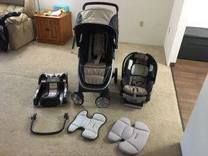 Chicco travel system for Sale in Manchester, NH
