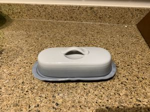 Excellent Condition Butter Dish ( gray ombre) for Sale in Woodbridge, VA