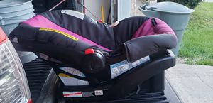 Graco baby car seat for Sale in Pensacola, FL