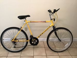Used bike good working conditions for Sale in Coral Gables, FL