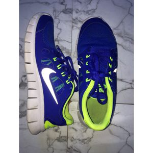 Nike Free 5.0 Sneakers - Sz 6.5 Boys Size - Shipping Only for Sale in West Los Angeles, CA