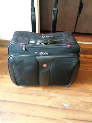 "Swiss carrying case for 17"" notebook.swiss Wa 7953 for Sale in Kingsport, TN"
