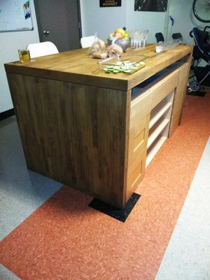Kitchen Island with drawers for Sale in Seattle, WA