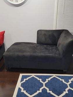 Black Left Corner Chaise Sofa for Sale in Roselle,  IL