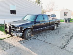 1998 C1500 chevy Silverado for Sale in Johnstown, OH