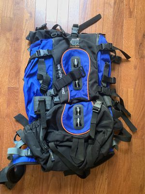 High Peak Hiking Backpack Diamondback 55 Excellent Condition for Sale in Raleigh, NC