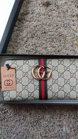 BRAND NEW GUCCI WALLET FOR GIRLS for Sale in Stockton,  CA
