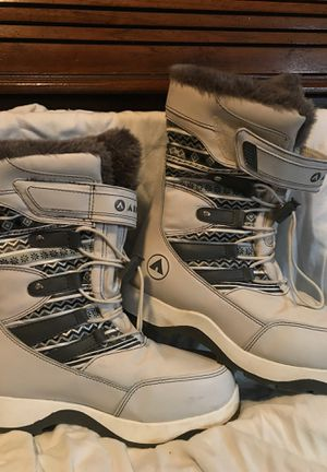 Snow boots for Sale in Port Orchard, WA