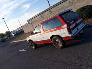Blown motor 85 chevy s10 blazer/tahoe for Sale in Tucson, AZ
