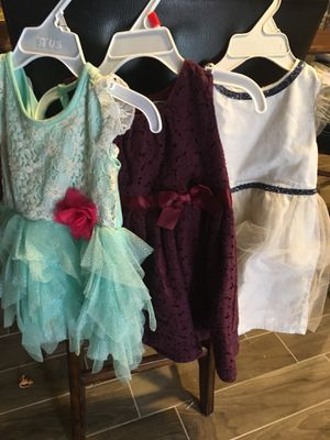 3 holiday dresses age 18 months for Sale in Oak Lawn, IL