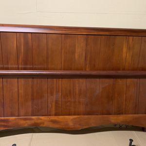 King size Head board, foot board, for Sale in Hurst, TX