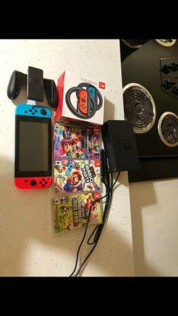 Nintendo switch bundle for Sale in St. Louis, MO