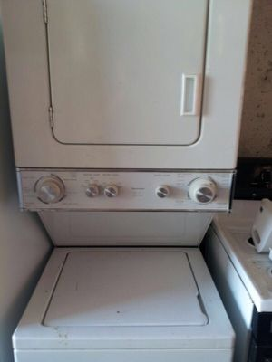 """24"""" KENMORE ELECTRIC STACKUNIT WASHER DRYER LAUNDRY CENTER CLEAN WORKS GREAT WARRANTY DELIVERY for Sale in Washington, DC"""