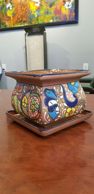 Ceramic Flower Pot/ planter Mexican design, hecho en mexico for Sale in Lake View Terrace, CA