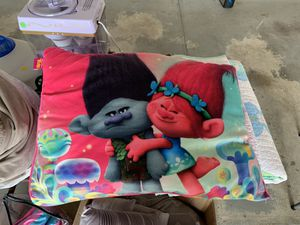 Trolls twin bedding set for Sale in Hilliard, OH