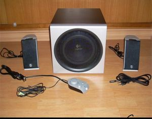 2.1 200watt Speaker system, with AUX for Sale in Tacoma, WA