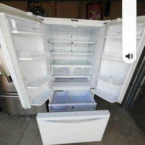 Refrigerator Kenmore for Sale in Rialto, CA