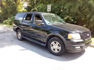 Must be towed 2005 Ford Expedition Eddie Bauer fully loaded leather sunroof power options truck needs a brake line must be told or fixed selling cheap for Sale in Rockville, MD