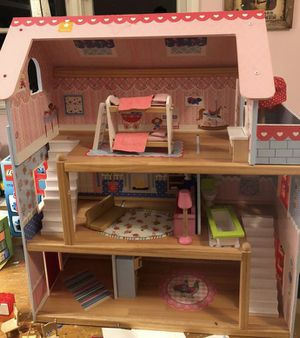 Kids toy(doll house, picnic basket and play-doh) for Sale in Los Angeles, CA