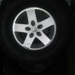 17 Inch Jeep Cherokee Wheels for Sale in Providence, RI