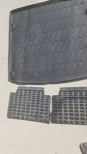 Audi Q7 rubber cargo mat and rubber floor mats for Sale in Apex, NC