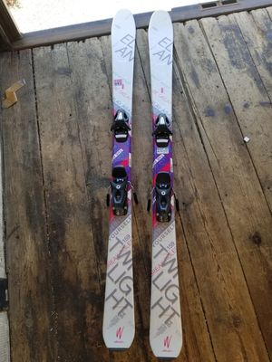 Twilight 84 Ski for Sale in Temple Hills, MD