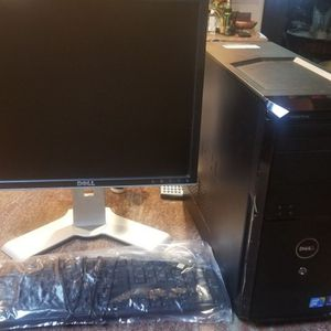 Dell Vostro 230 2.93ghz Full desk setup for Sale in Montebello, CA