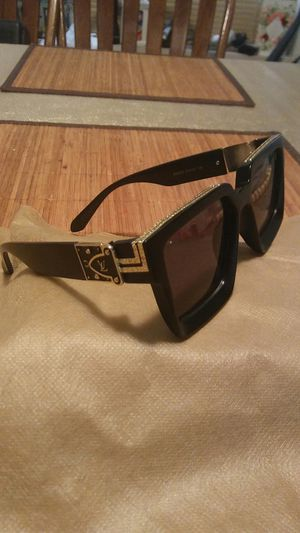 Men's sunglasses for Sale in Tempe, AZ