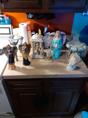 Angel collection, 8 in total, one musical statue & 2 candle holders for Sale in North Ridgeville, OH