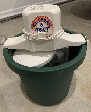 Ice Cream/ Frozen Yogurt Maker for Sale in San Diego, CA