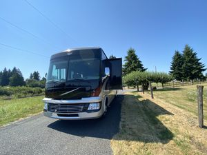 2011 Fleetwood Bounder Rv Motorhome Coach for Sale in Vancouver, WA