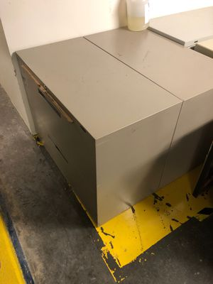 2 filing cabinets for Sale in Houston, TX