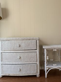 White Wicker Dresser & Nightstand for Sale in Santa Monica,  CA