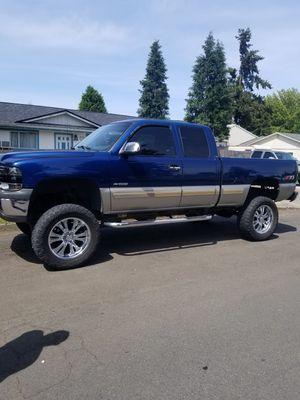2001 Chevy Silverado for Sale in Vancouver, WA