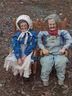 Old man and lady in rocking chairs for Sale in Little Rock, AR