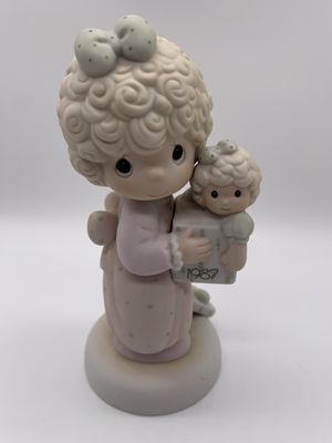 "Precious Moments Collectable ""Love is the Best Gift of All"" for Sale in Des Plaines, IL"