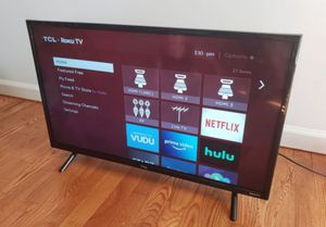 32 inch Roku TCL 1080phd Smart TV for Sale in Virginia Beach, VA