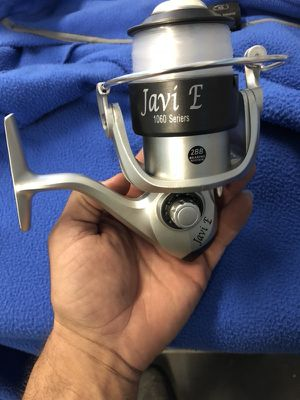 Brand new fishing reel full of new line for Sale in Miami, FL