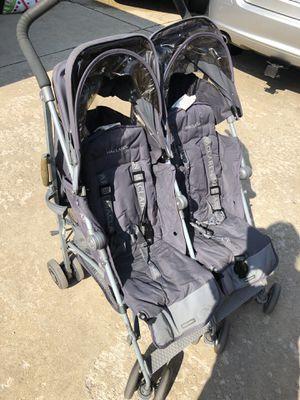 MacLaren double stroller twin techno for Sale in Norridge, IL